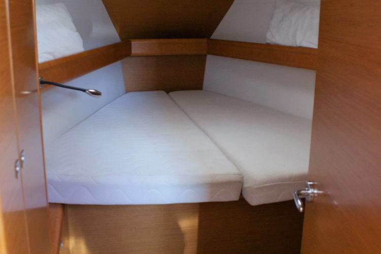 Jeanneau Sun Odyssey 409 - cabina di prua