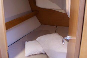 Jeanneau Sun Odyssey 36i - cabina di poppa a tribordo