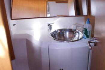 Jeanneau Sun Odyssey 36i - 09 bagno