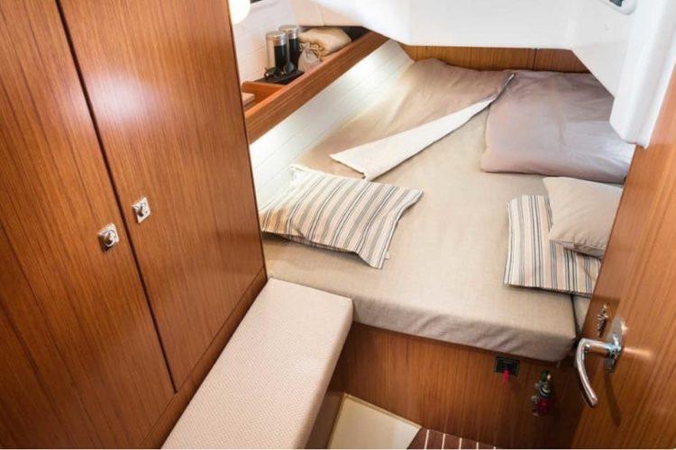 Bavaria 34 Cruiser - cabina doppia di poppa
