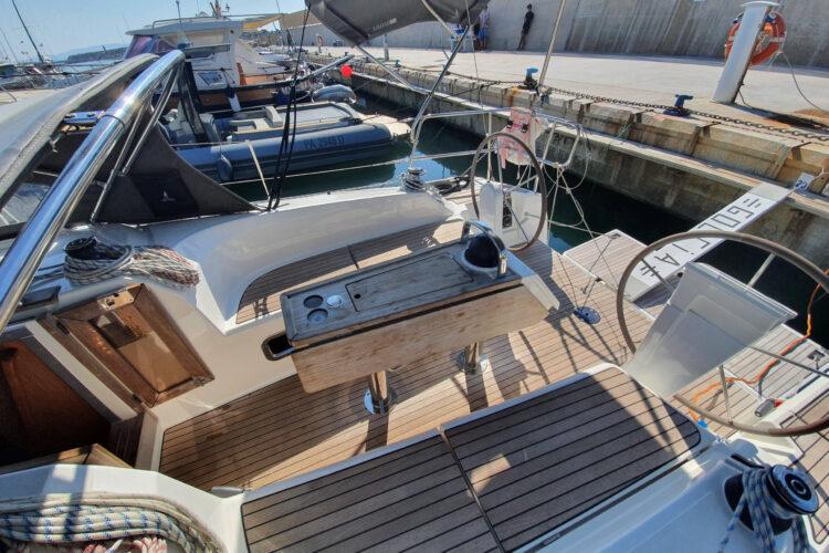 Bavaria 34 Cruiser - pozzetto
